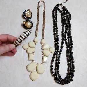 Black and cream jewelry necklaces bracelet earring